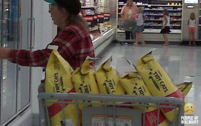 http://sweettater.files.wordpress.com/2009/10/cat-lady-walmart.jpg